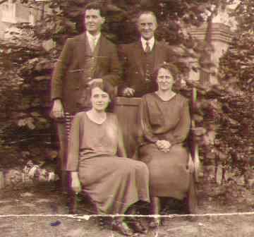 Elsie&JossWhite,Ethel&GeorgeLangley.jpg (13202 bytes)
