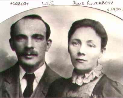 Herbert&JuliaLee@~1900.jpg (10584 bytes)