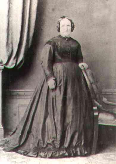 SarahBrion(1826)1.jpg (15455 bytes)