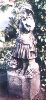 StatueOfAliceLee.jpg (8424 bytes)